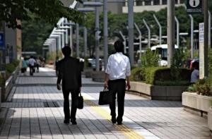 写真=日本には『月月火水木金金』というサラリーマンのテーマソングがある